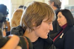 У Верховній Раді України відбулася презентація фотовиставки фотокореспондента «Позивний Мауглі» Олени Худякової 12