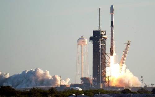 Space X вновь врывается в космос 4