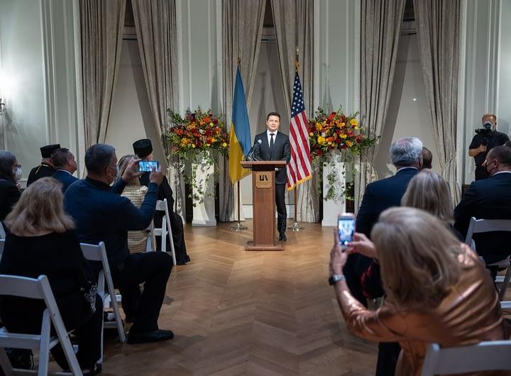 Президент під час зустрічі з українською громадою у США: Ви – найкращі посли України 36