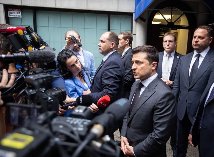 Президент України про обстріл автомобіля Сергія Шефіра: Залякати не вийде 28